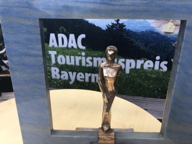 Ausflugsticker Oberbayern erhält ADAC Tourismuspreis Re-Start 2021