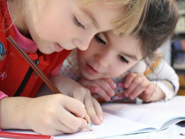 Freistaat fördert Schulen und Kindertageseinrichtungen in Stadt und Landkreis Rosenheim mit über 11 Mio. Euro