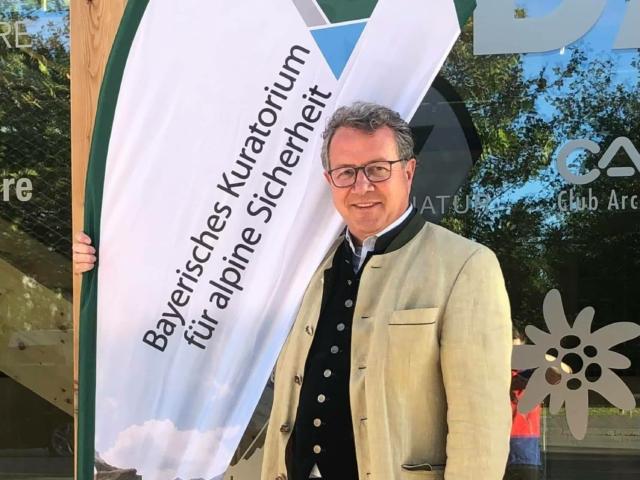 KLaus Stöttner als 1. Vorsitzender des Bayerischen Kuratoriums für alpine Sicherheit (KURASI) wiedergewählt