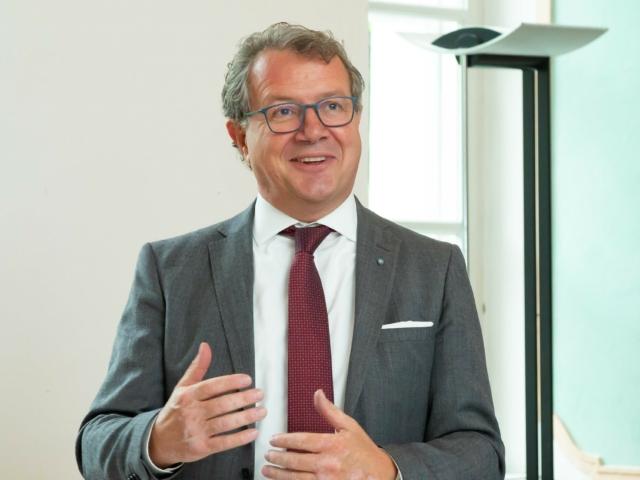 Klaus Stöttner ruft zu Teilnahme am Innovationspreis Ehrenamt auf