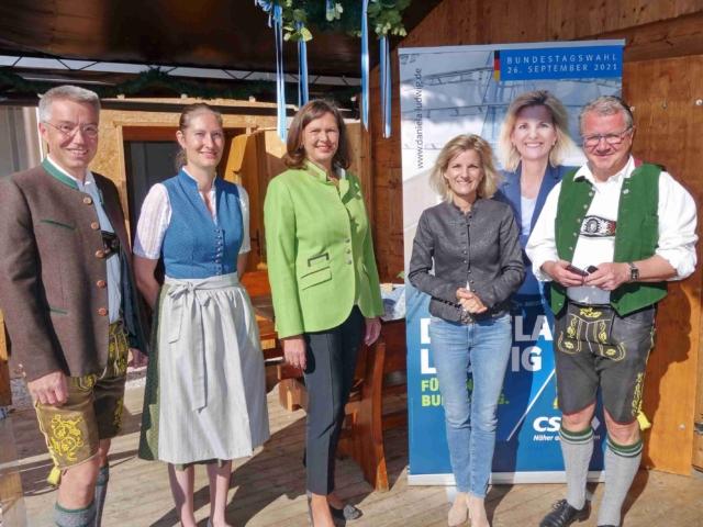 Landtagspräsidentin Ilse Aigner in Bernau zu Gast